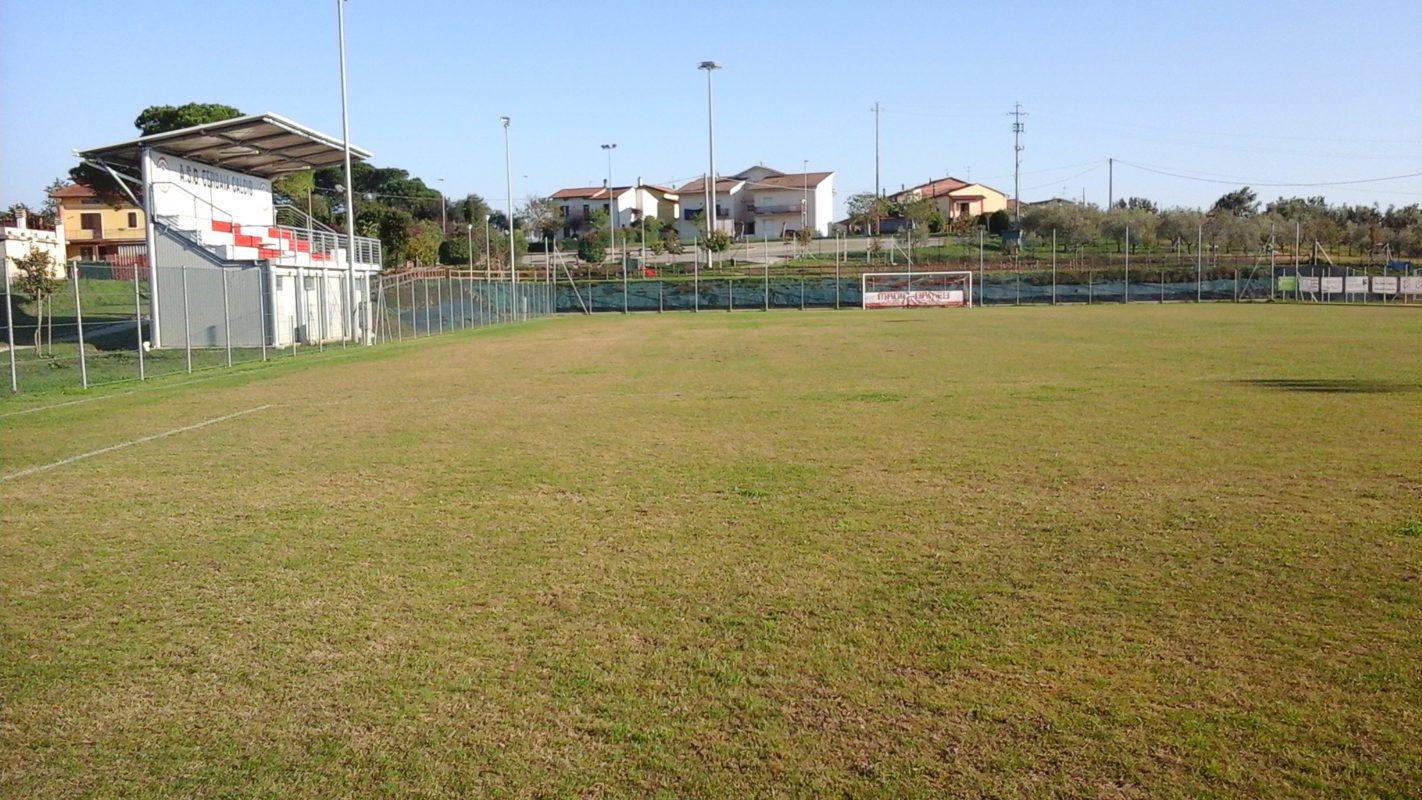 Campo sportivo cerbaia censimento impianti for Campo sportivo seminterrato
